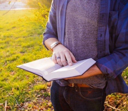 10 Inspiring Short Stories That Can Improve Your Outlook On Life