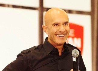 9 Robin Sharma Quotes About Living With Power