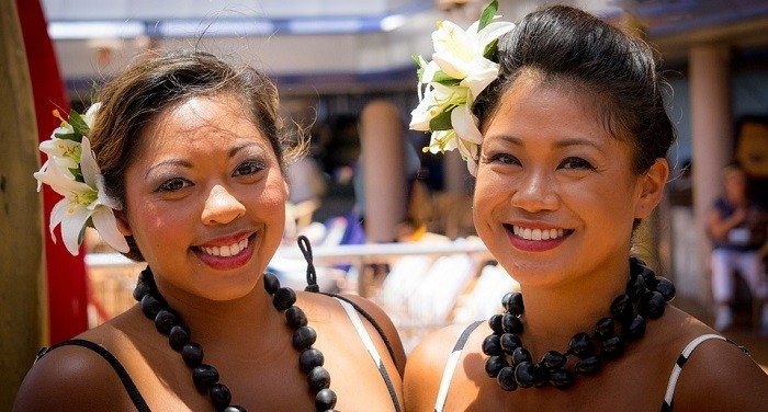 happy-hormones-polynesian-girls