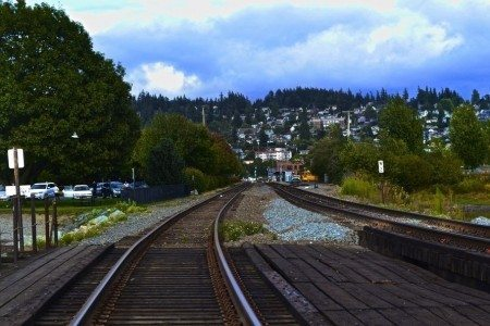 scenery-train-tracks-travel