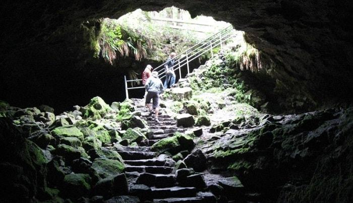 road trip destinations ape cave washington