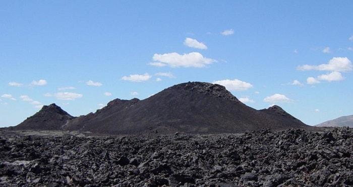 road trip destinations craters moon idaho