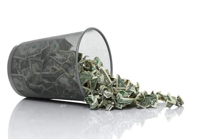 5-Habits-That-Cause-You-To-Waste-Money