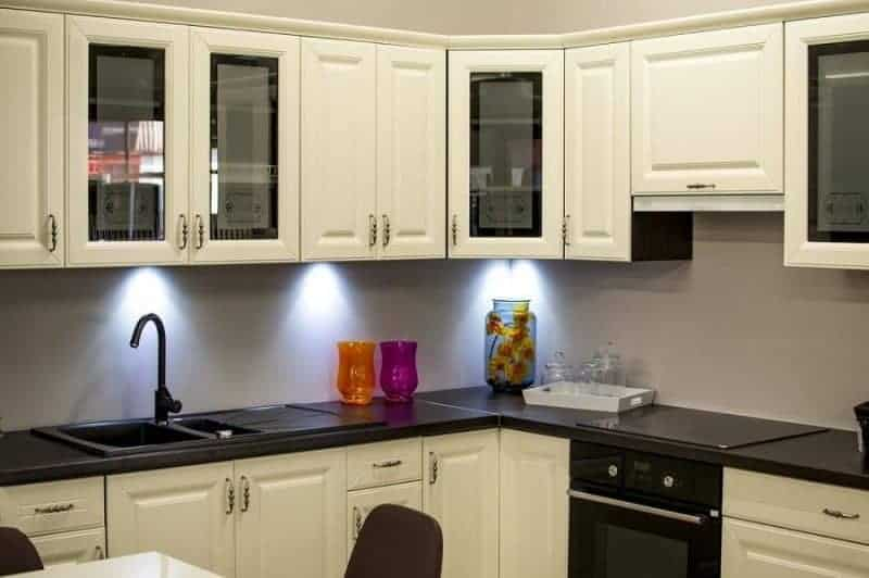 12 Innovative Kitchen Hacks for a Small Kitchen | Everyday Power