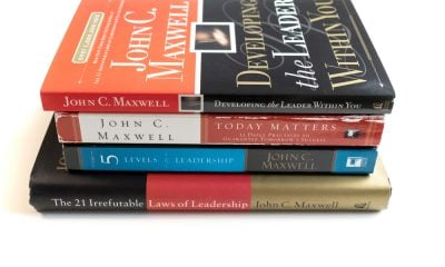 50 John Maxwell Quotes About Becoming An Amazing Leader