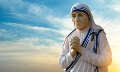 155 Inspiring Quotes by Mother Teresa on Kindness, Love, and Charity