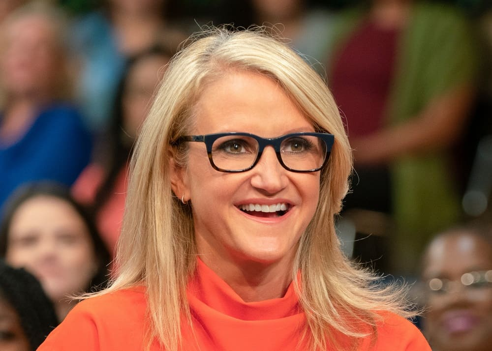 50 Mel Robbins Quotes To Inspire Meaningful Personal Growth