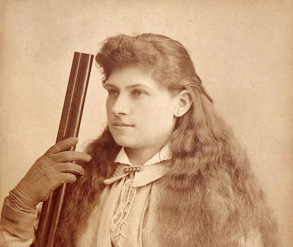 30 Annie Oakley Quotes From & About the Wild West Sharpshooter