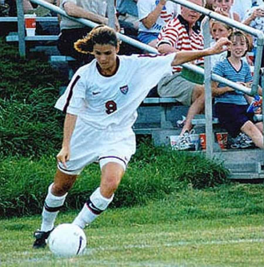 50 Mia Hamm Quotes from the Soccer Legend