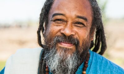 50 Mooji Quotes From the Western Guru to Help in Your Search for 'I am'